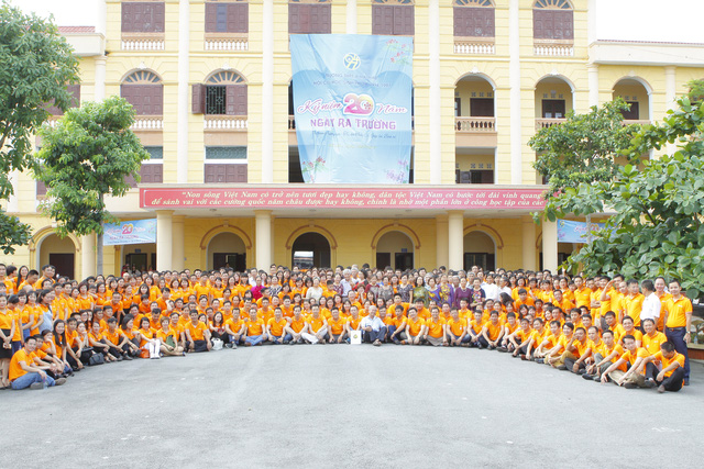 Lễ kỷ niệm 20 năm ngày ra trường cựu học sinh Khóa 93-96 – Trường THPTA Hải Hậu